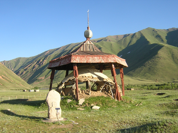 The memorial of national hero Kojomkul in Suusamyr valley