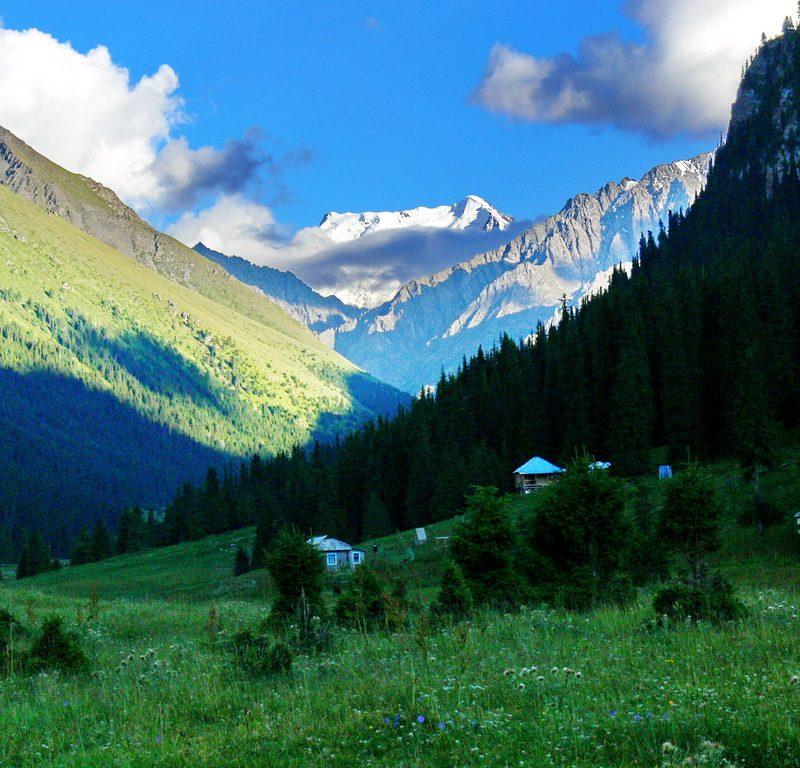 Altyn-Arashan gorge,